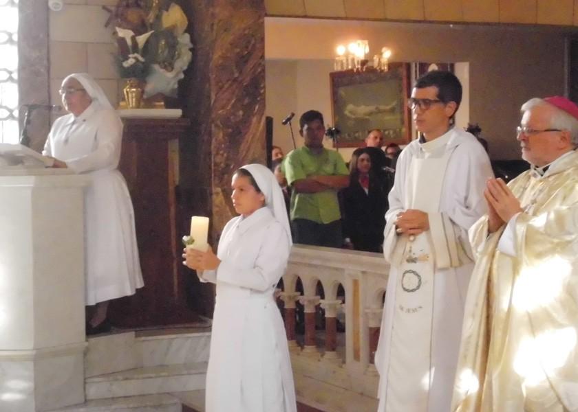 Misa en memoria del 41 aniversario de fallecimiento de Madre Carmen