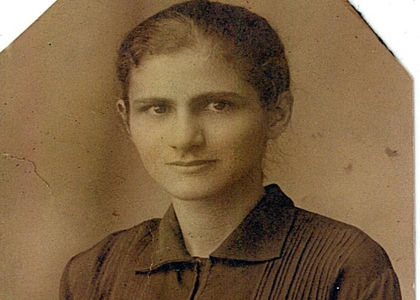Primeros años Carmen Rendiles